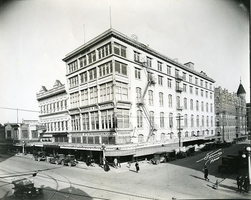 R.T. Dennis Building in 1920s