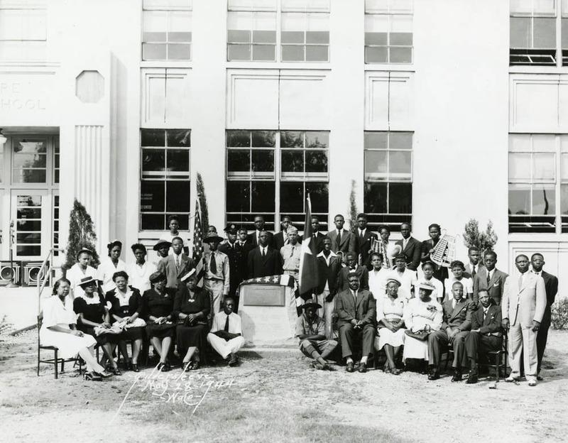Dedication Ceremony of the Doris Miller Memorial (1944)