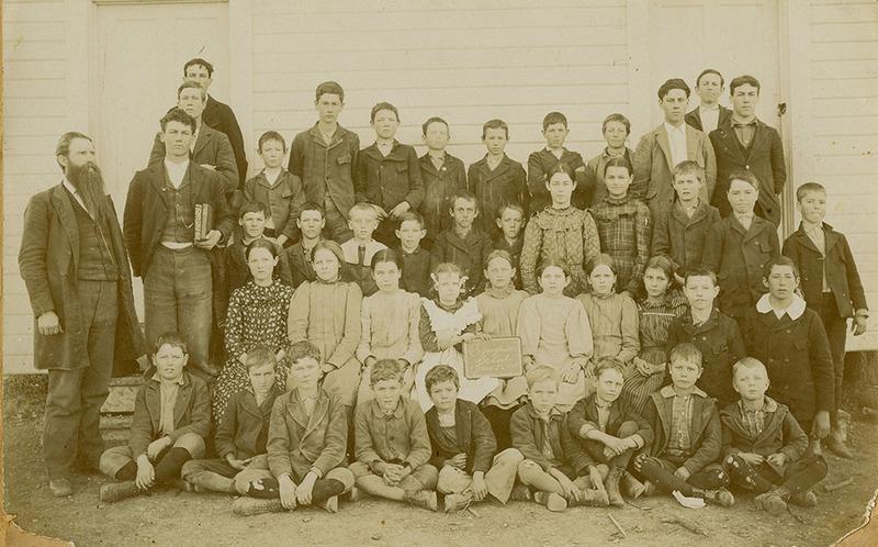 Speegleville Class of 1899
